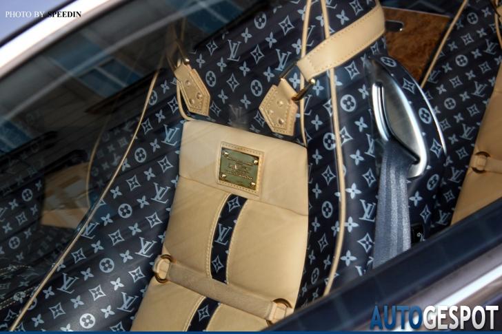 Strange sighting: Bentley Continental GT met Louis Vuitton interieur