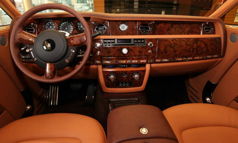 Bespoke rolls royce phantom coup thoroughbred for Interieur rolls royce