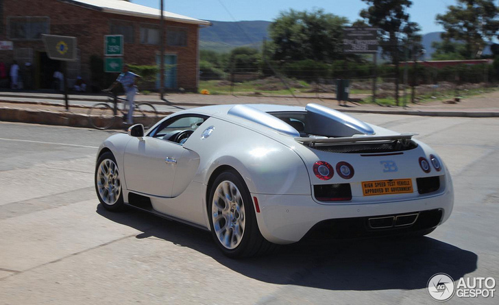 also in south africa the veyron 16 4 grand sport vitesse. Black Bedroom Furniture Sets. Home Design Ideas