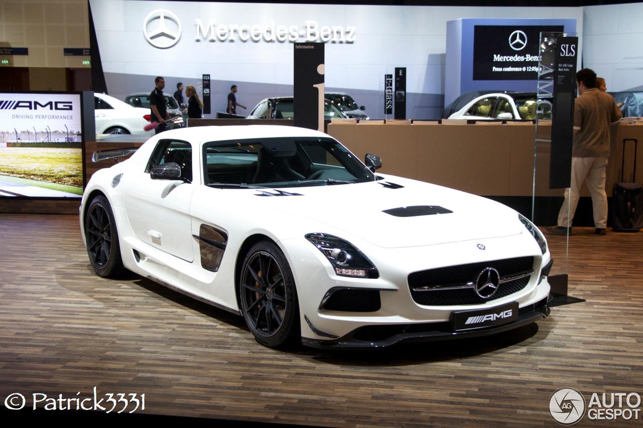 Dubai motor show 2013 mercedes benz amg - Mercedes car show ...