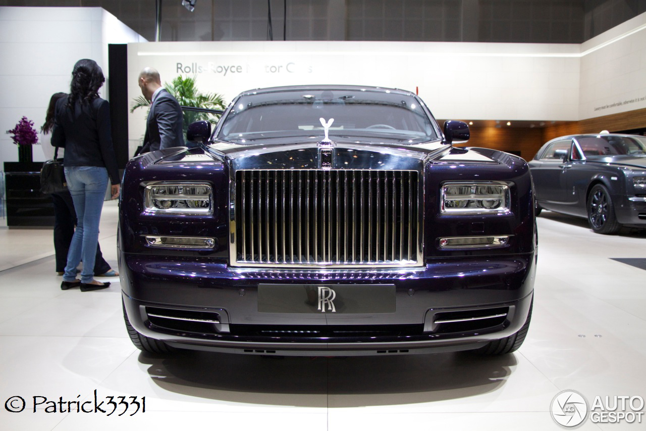 dubai motor show rolls royce phantom ewb celestial. Black Bedroom Furniture Sets. Home Design Ideas