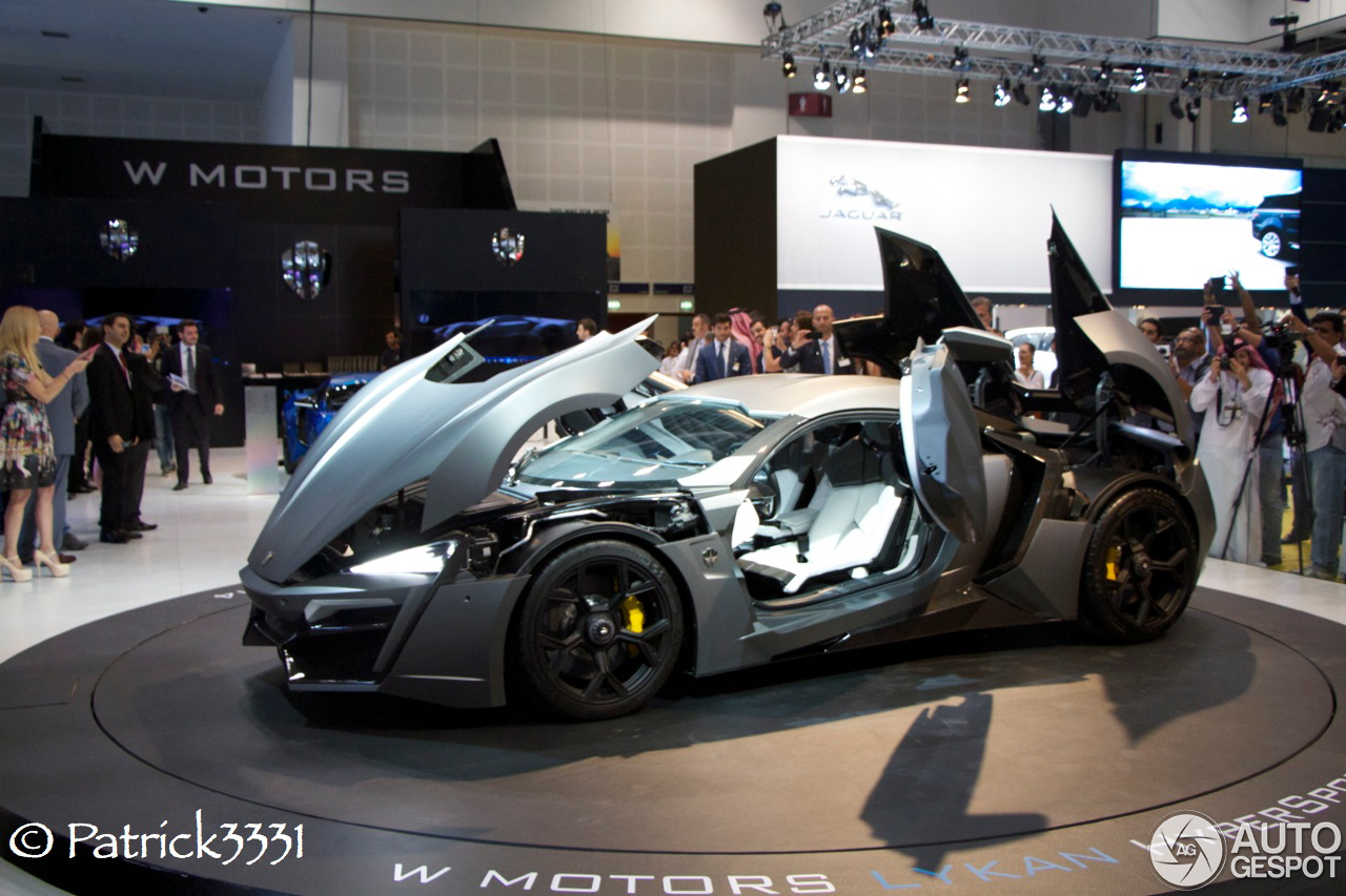dubai motor show 2013 w motors lykan hypersport. Black Bedroom Furniture Sets. Home Design Ideas