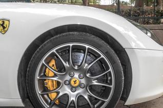 Spotted : Ferrari 599 HGTE in Delhi