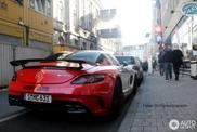 Mercedes-Benz SLS AMG BlackSeries publicita un juego