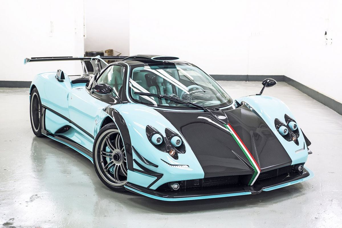 Pagani Zonda 760rsjx Is Almost An Identical Copy Of The Zonda Uno