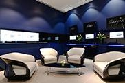 Bugatti zeigt die neu designten Ausstellungsräume für den Chiron