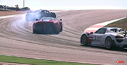 Chris Harris plein gaz en Laferrari, 918 Spyder et P1