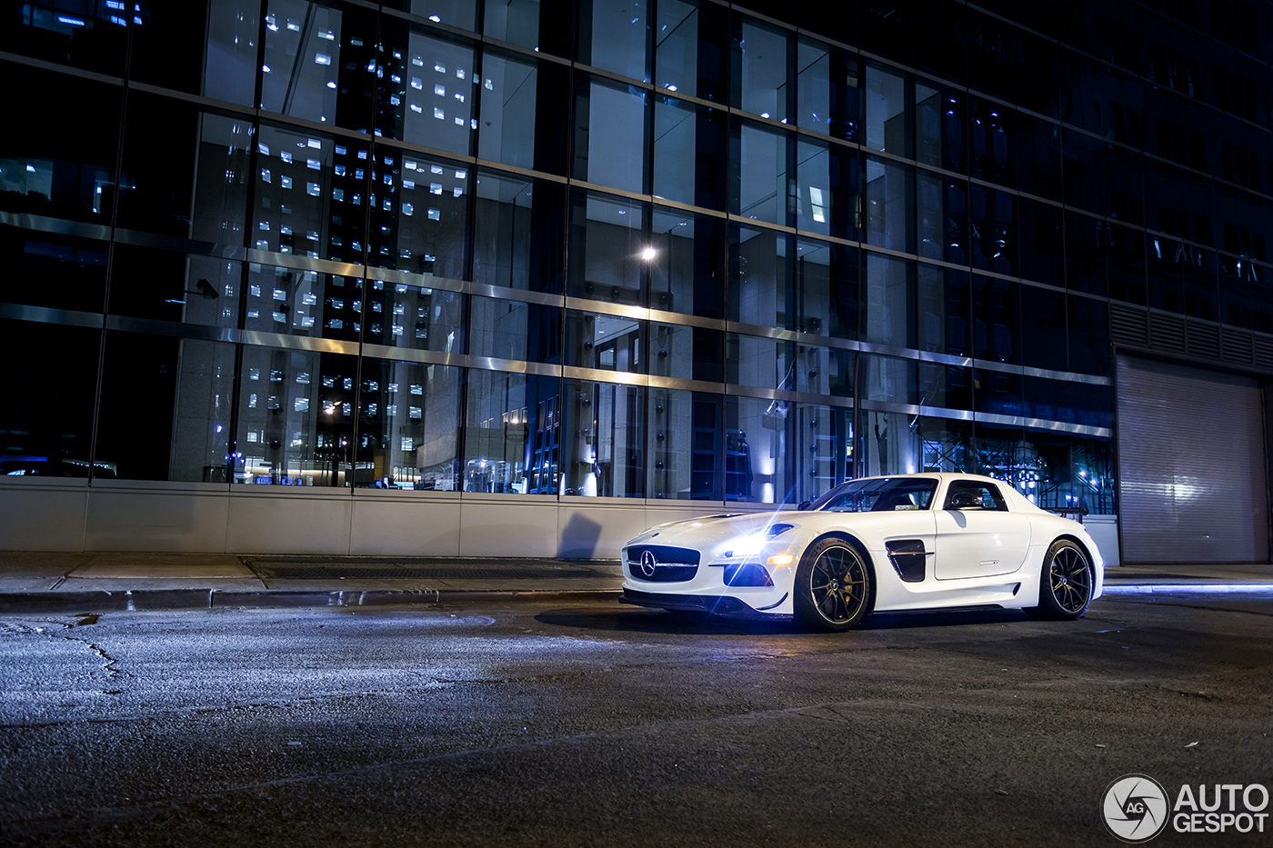 Mercedes benz sls amg black series in new york city at night for Mercedes benz of new york