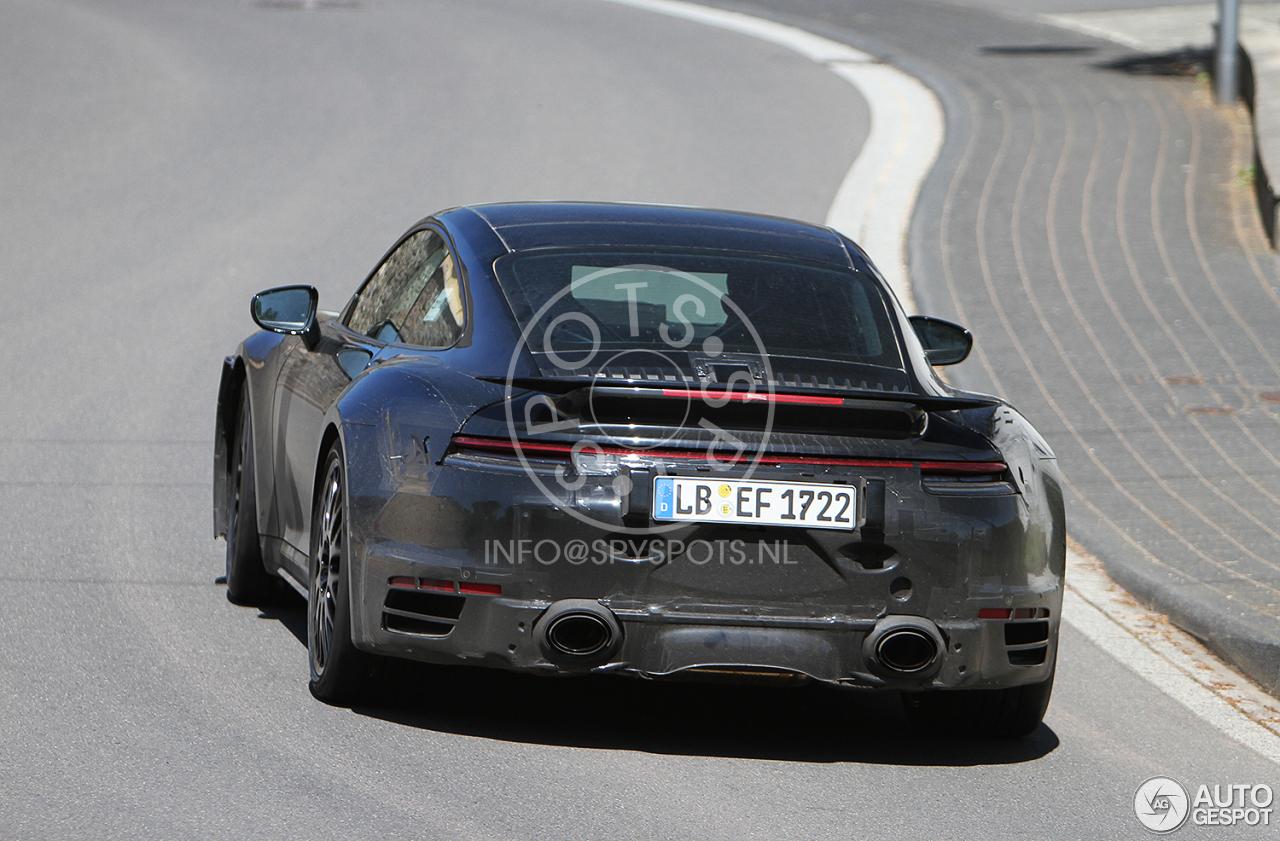 Porsche 992 Turbo krijgt een bekend designelement
