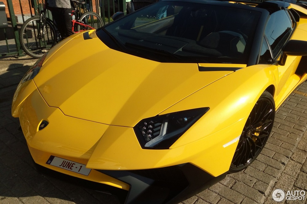 Spot van de dag: Lamborghini Aventador LP750-4 SuperVeloce Roadster