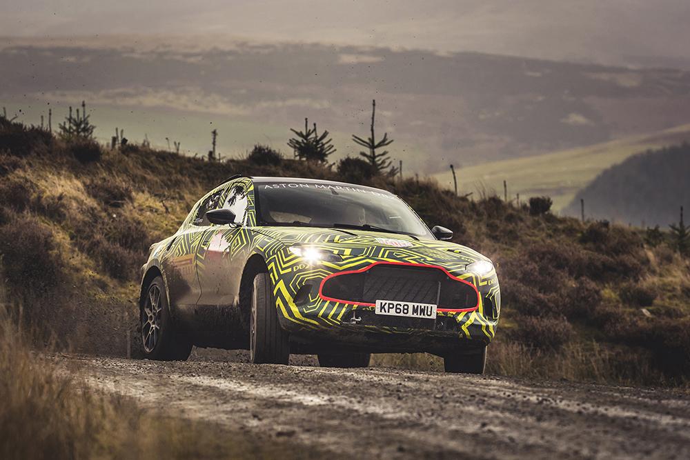 Aston Martin DBX begint aan intensief testprogramma