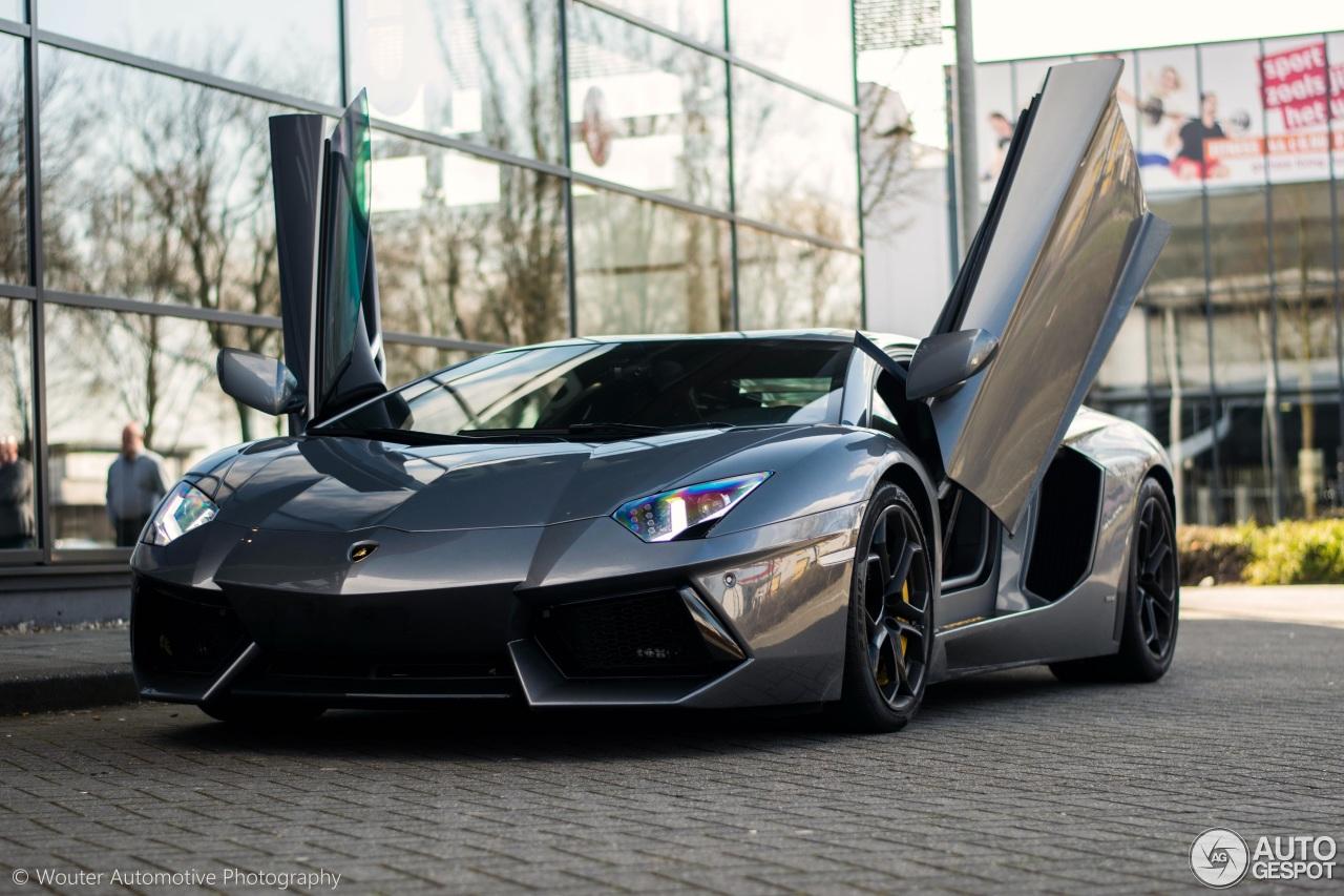 荷兰首车:兰博基尼 Aventador LP700-4