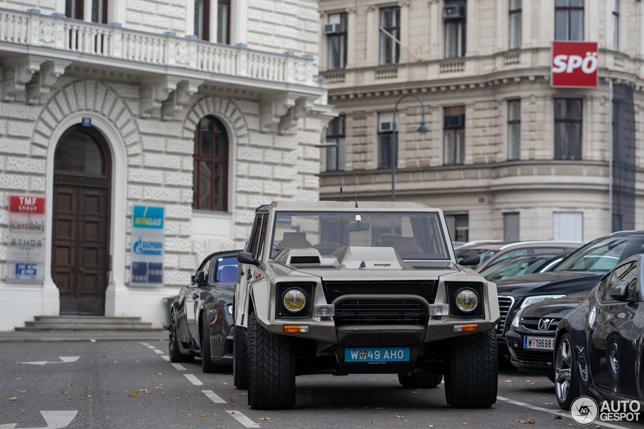 Lamborghini LM002 is de enige echte SUV