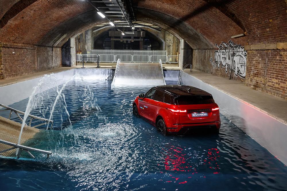 Range Rover Evoque zet nieuwe stap richting werelddominantie