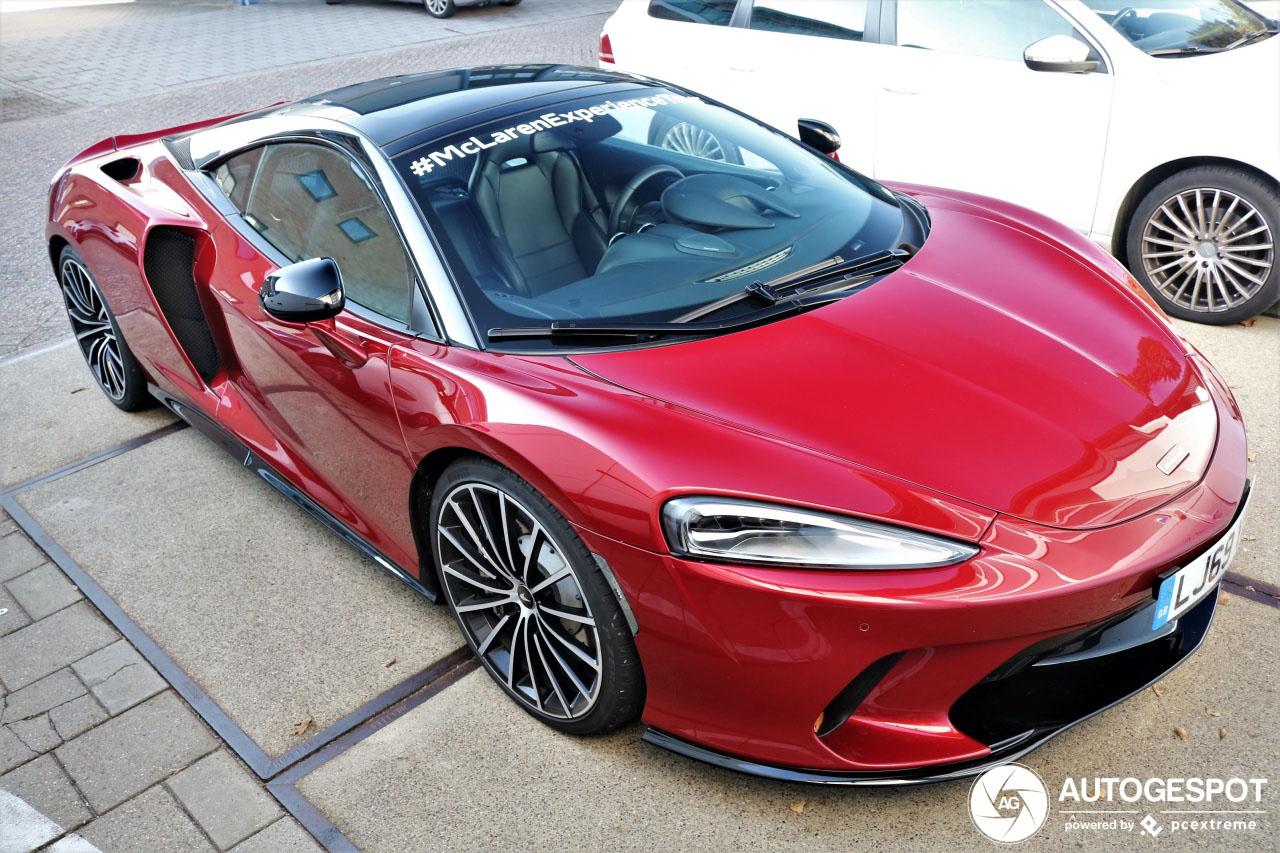 McLaren GT eert Nederland met bezoek