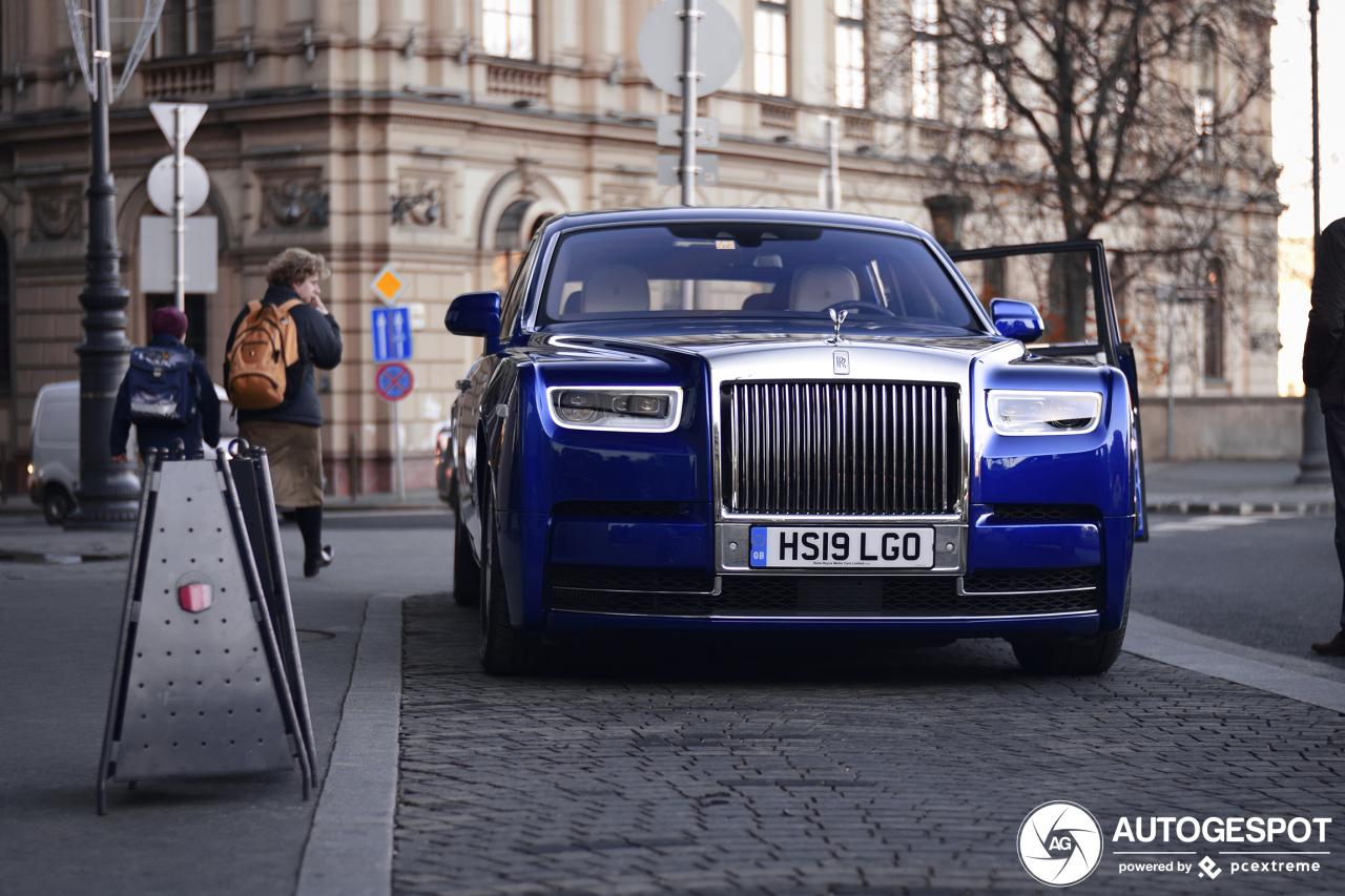 Rolls-Royce Phantom kan wel een adellijke kleur gebruiken