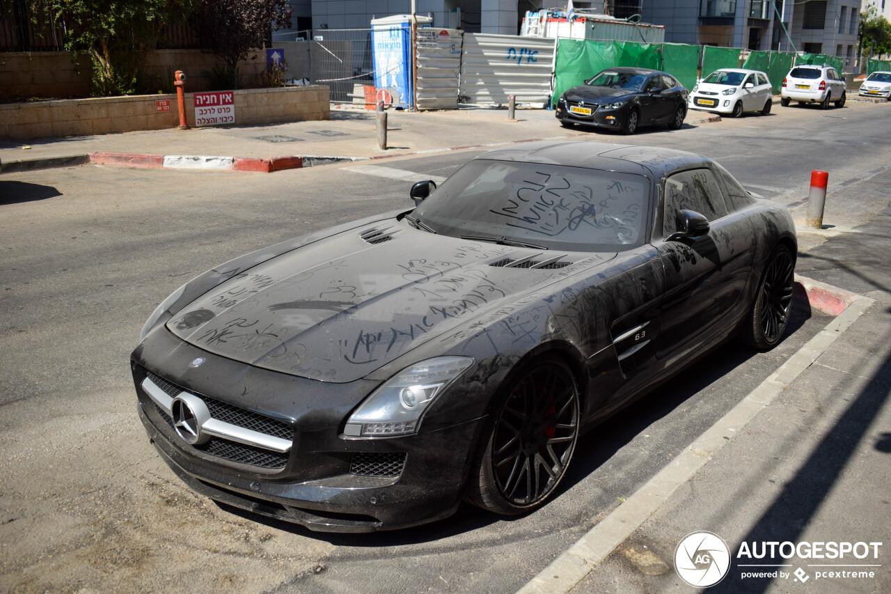 Verloren in Israel: Mercedes-Benz Brabus SLS AMG