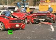 Supercar crash in Japan, acht Ferrari's aan gruzelementen