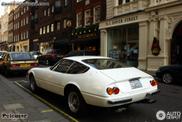 伦敦市中心经典跑车: 法拉利 365 GTB/4 Daytona