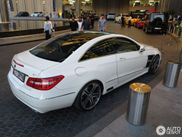 杜拜新发现: 奔驰Brabus E 6.1 Coupe