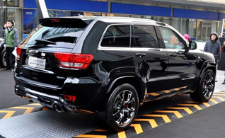 Only for China: Jeep Grand Cherokee SRT8 Hyun Black Edition