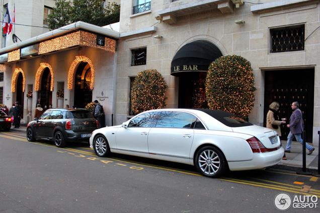 Maybach 62 S Landaulet is spottend in Paris