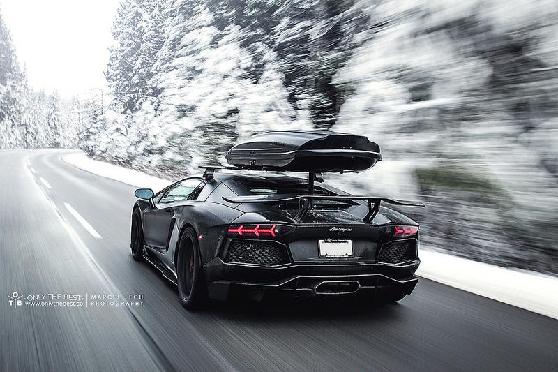 Une Lamborghini Aventador Lp700 4 Parfaite Pour Allez Skier