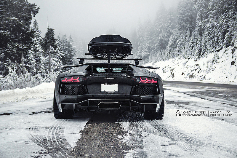 Lamborghini Aventador Lp700 4 With A Roof Box Is Ideal For