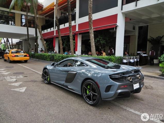 McLaren 675LT is ook in Miami een blikvanger