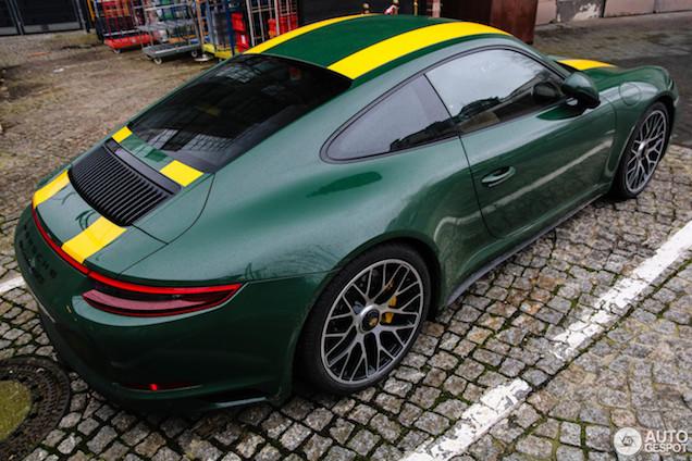 Gespot: Porsche 911 R in een gave samenstelling! Of...