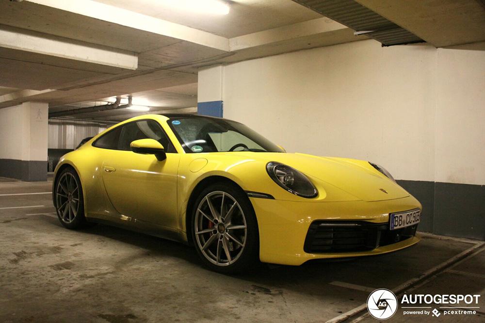 Nieuwe Porsche Carrera heeft lange reis gemaakt