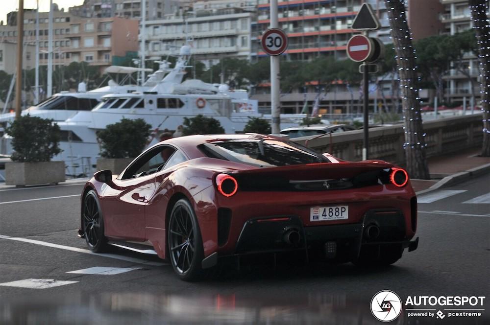 Ferrari 488 Pista is het helemaal