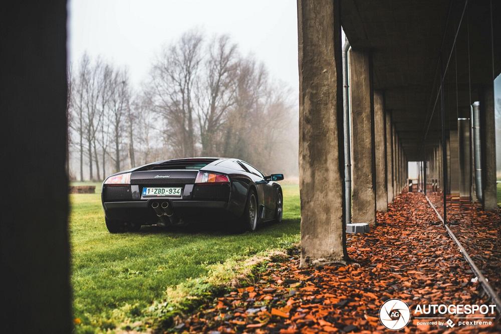 Lamborghini Murciélago geniet van fotoshoot
