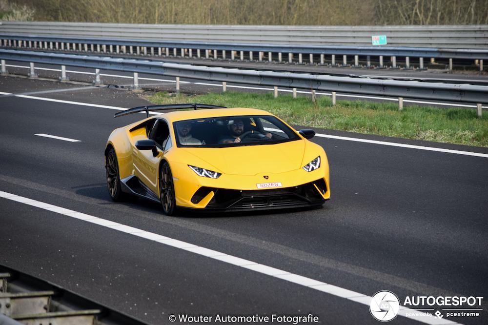 Spot van de dag: Lamborghini Huracán Performante