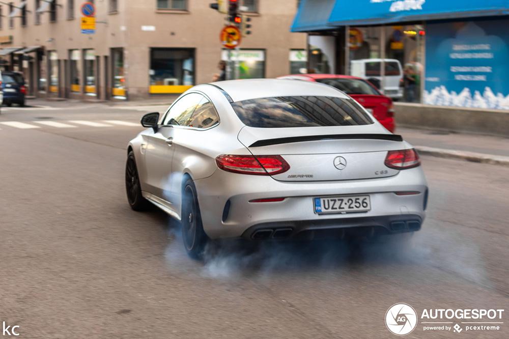 Mercedes-AMG C 63 Coupé laat spierballen zien