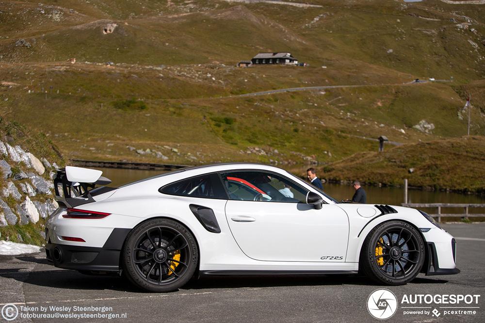 Porsche 991 GT2 RS geniet van de Grossglockner