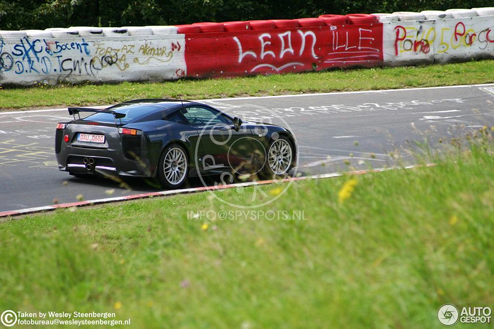 Terug in de tijd met spyshots Lexus LFA