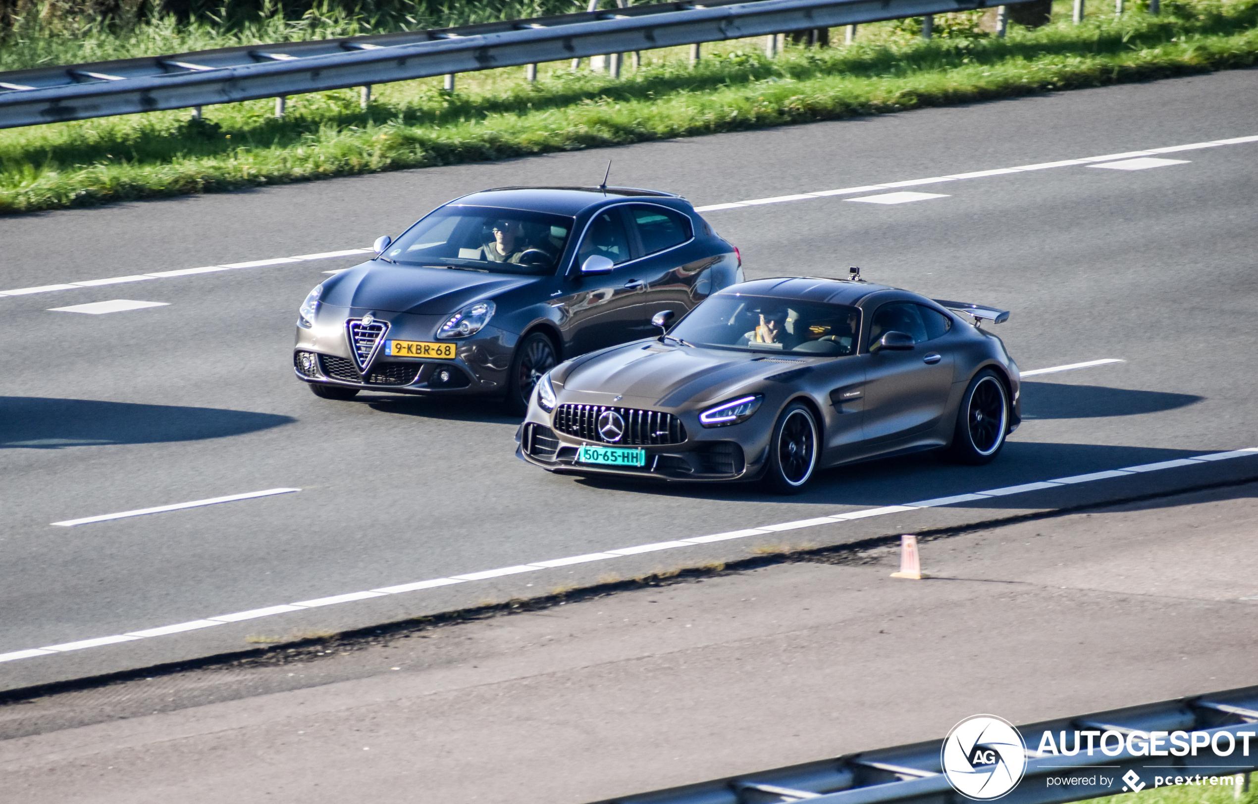 Krijgen we er een Mercedes-AMG GT R Pro bij?